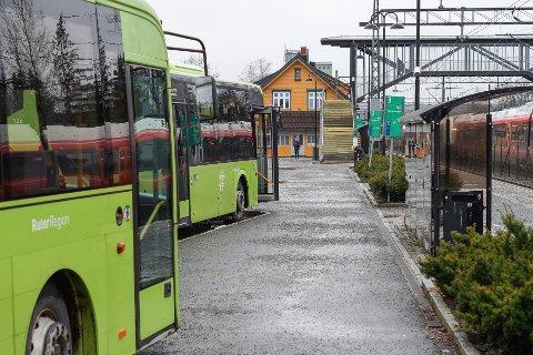 Utbedring av Vestby stasjon og bussterminal står øverst på lista over de konkrete tiltakene Vestby kommune spiller inn til Viken fylkeskommune.
