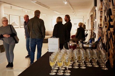 Den første lørdagen i oktober åpnet en ny fotoutstilling i Son og ved P Palett.
