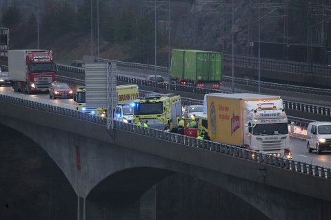 Ved 14-tiden melder politiet om en trafikkulykke på E6 i Vestby.
