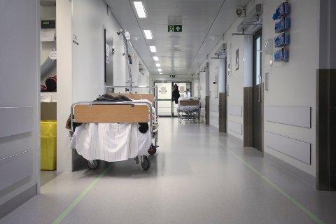Avdelingssjef Jetmund Ringstad forteller at influensatoppen ikke er nådd Kalnes enda.