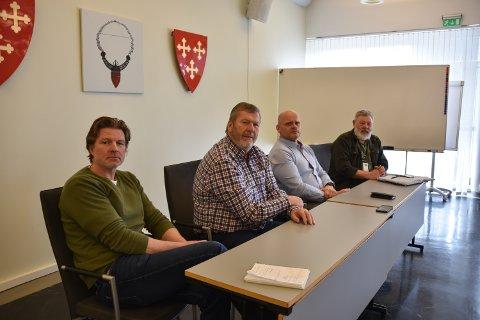 SISTE NYTT: Kommuneoverlege Sindre Lunde, ordfører Tom Anders Ludvigsen, rådmann Sjur Authen og beredskapsleder Rune Sletner i Vestby kommune.