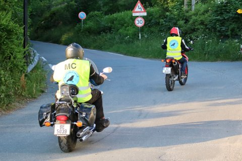Vestby MC Klubb har kjørt rundt til strendene i kommunen som natteravner siden 2002.