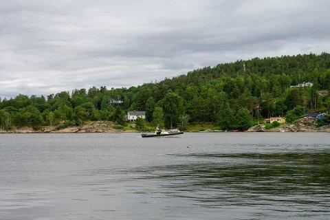 En av politiets båter i Son tidligere i sommer.
