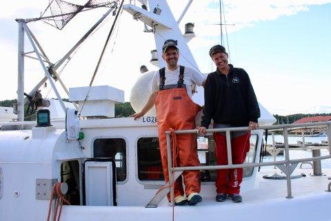 Ekteparet Martin Strand og Aina Revhaug fisker sammen fra reketråleren «Saga.»