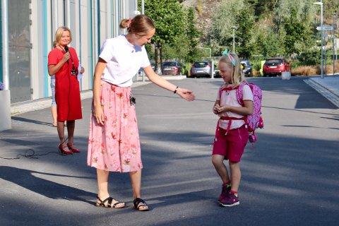 Det er en stor dag for skolebarna som nå begynner i første klasse.