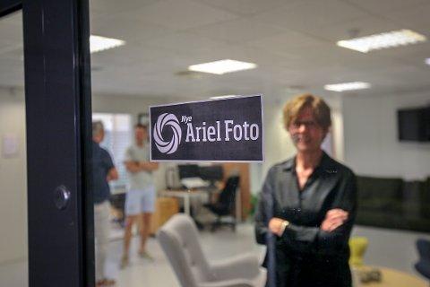 «NYE»: Den gamle Ariel-logoen består, men med et lite tillegg i teksten.
