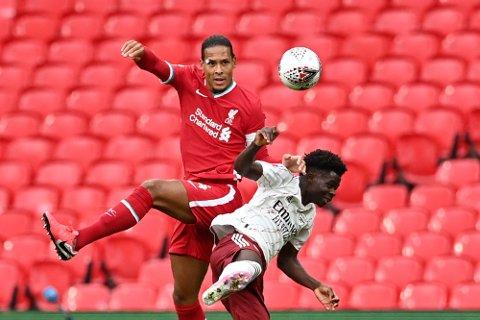Du kan se Liverpool - Blackpool lørdag på vestbyavis.no. (Justin Tallis/Pool via AP)