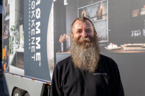 SJÅFØR: Frode Westby er nylig ansatt som sjåfør hos firmaet Ekspeditt i Vestby.