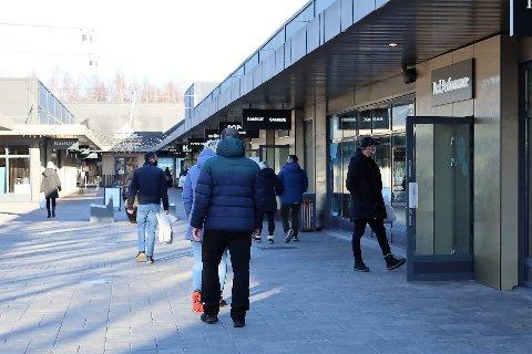 Også Oslo Fashion Outlet Vestby opplever en gode omsetningstall så langt i år. - I tiden fremover vil vi se en kraftig vekst i tallene, sier senterleder Lars Pedersen.