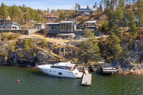 ELLEVILL BUDRUNDE: Denne fritidseiendommen i Propsveien 7 i Indre Hallangen endte med en pris på nærmere 20 millioner kroner etter en ellevill budrunde.