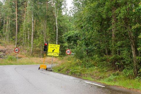 Hvitstenveien forbi Thomas Olsens vei vil være lysregulert ut inneværende uke.