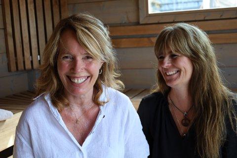 GODE KOLLEGAER: Både Elisabet Slang (til venstre) og Cathrine Halsør har nylig startet som badstumestere ved Son spa.