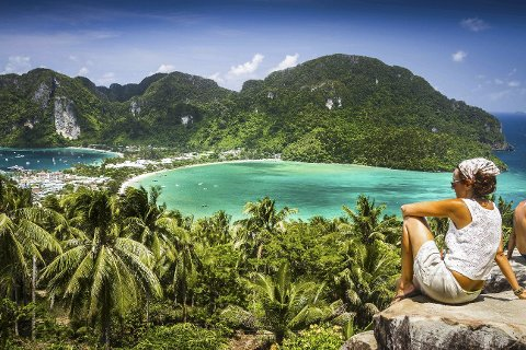 ROLIG: Krabi anbefales som reisemål hvis du er førstegangsferierende i Thailand. Området er rolig og velorganisert og kjent for sine vakre strender.