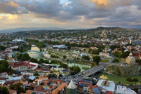 GEORGIA: Tbilisi var en byene Torbjørn Færøvik besøkte på sin orient-reise.