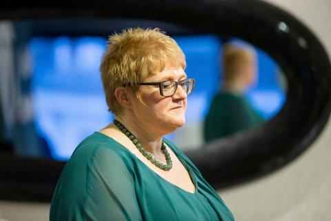 – GLEDELIG BONUS: Venstres partileder Trine Skei Grande ser på det å bli kvitt Ryanair fra norske flyplasser som en gledelig bonus.