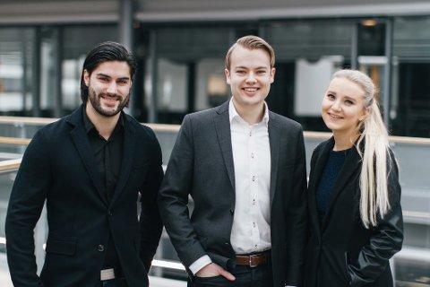 SATSER PÅ NYHETER:  Daniel Skogstad (til venstre), Jonas Borchgrevink og Victoria Vikne Wetting.