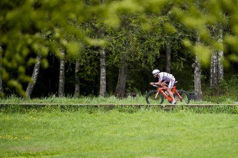 Syklene man bruker i triatlon, er gjerne av samme type som brukes i temporitt.