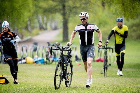 Triatlon gir ikke bare trening i svømming, sykling og løping, men også i å takle vekslingene mellom dem.