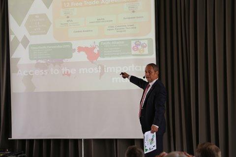 Mexicos ambassadør i Norge, Luis Javier Campuzano, fortalte om mulighetene i det meksikanske næringslivet.