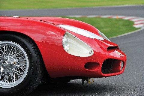 Auksjonens Ferrari 268 SP er én av to som ble laget med V8-motor.