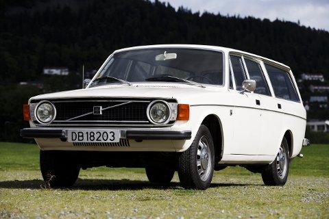 BESTSELGER: Det skal ha blitt solgt rundt 35.000 av 140-modellen i Norge. På starten av 70-tallet var den Norges mest solgte bilmodell.
