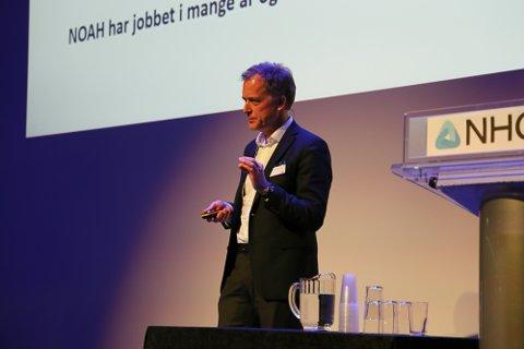 SKAL GJENVINNE EN FJERDEDEL: Carl Hartmann, administrerende direktør i Noah, sier selskapet har en ambisjon om å innen 2025 gjenvinne 25 prosent av det farlige avfallet de får inn.