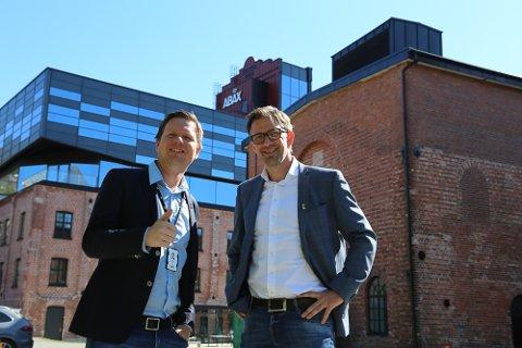 TRENGER FLERE: Utviklingssjef Glenn Bergan (t.v.) og rekrutteringsansvarlig Atle Karlsen gleder seg til å ta imot nye kolleger i Abax.