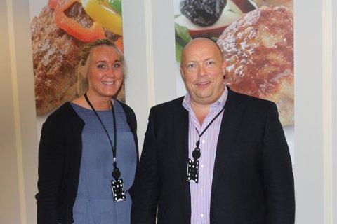NOMINERTE: Matbørsen, her ved HR-ansvarlig Kristine Abrahamsen og daglig leder Dag Freddy Henriksen, er en av tre nominerte til Årets Vestfoldbedrift.