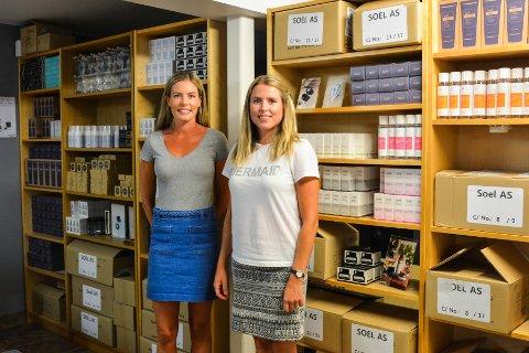 UTVIDET: Helene og Susanne Enger har sett seg nødt til å utvide lageret etter å ha fått inn produktene sine hos ti utsalgssteder kun ti måneder etter at de startet opp selskapet.