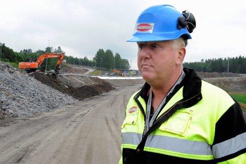 SPENT: Frank Duvholt regner med at Marthinsen & Duvholt lander kontrakten med Statens vegvesen. Arkivfoto: Kurt Andrè Høyessen
