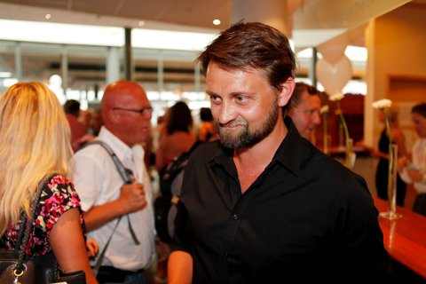 EN ÆRE: Thomas Numme skal lede årets Fyrverkerikonsert, og synge med Marinemusikken, 30 år etter at han avtjente førstegangstjensten i Horten.