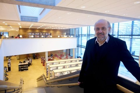 SJEF: Fra kontoret på Bakkenteigen kan Petter Aasen snart lede regionens eget universitet.