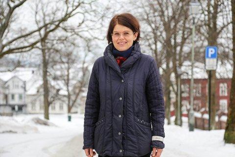 VANSKELIG: – For å få seg jobb som regnskapsfører i dag er det flere faktorer som må spille inn. Man må ikke være for gammel og man må ha en kontakt og et netverk inn i bransjen, sier karriereveileder Cecilie Haraldsen.