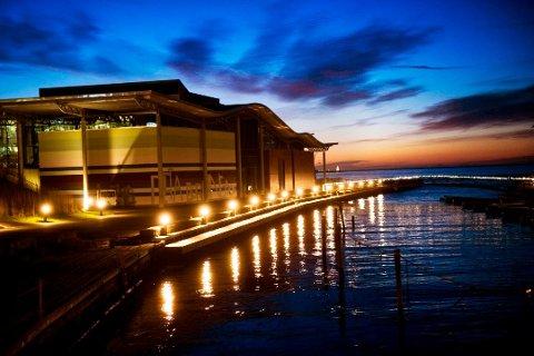 MØTEPLASS: Næringslivet møtes til sommerfest på Bølgen kulturhus i juni.