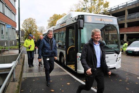 ET BEDRE KOLLEKTIVTILBUD: Sykehuset i Vestfold er et reisemål for mange, og behovet for flere bussruter har vært stort. I dag har bussen blitt et godt alternativ for både, ansatte, pasienter og besøkende.