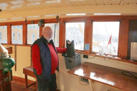 RENOVERING: DS Kysten AS fikk den aller største potten av Sparebankstiftelsen DNB i Vestfold. Skipet fikk hele 1 million kroner. Disse pengene skal gå til renovering av skipet. Her er daglig leder i DS Kysten AS, Arve Wilhelmsen, fotografert ved en tidligere anledning.