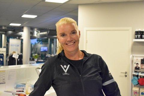 HAR FÅTT MEST: Irene Aarø er daglig leder ved treningssenteret Level. De har fått mest koronakompensasjon i Vestfold og Telemark, viser tall fra Skatteetaten. Foto: Julie Refseth