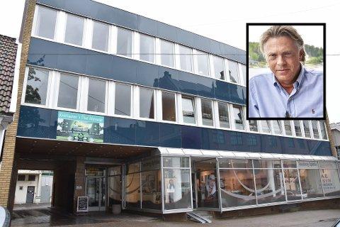 KJØPER OPP KVARTALET: Kammegaten 5 har huset Tønsbergs Arbeiderforening i over 130 år. Nå har Nyrerød Eiendom AS overtatt bygget. Eierrepresentant i Nyrerød Eiendom, Jørgen Pettersson, sier at de allerede eier flere eiendommer i kvartalet fra før.
