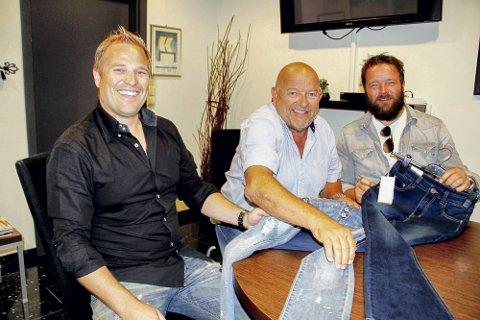 SATSER VIDERE: Kenneth Smith (til venstre), Knut Thurmann Smith og Tommy Smith videreutvikler familiebedriften.