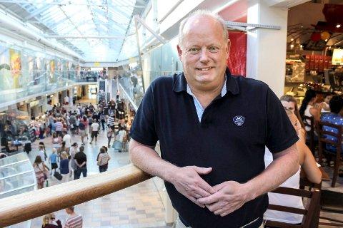 – SPENNENDE: Senterleder Stig Eriksen på Nordbyen kjøpesenter er spent på de nye eierne.