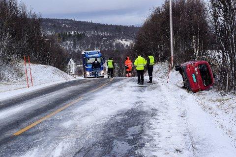 FYLKESVEI 30: – Vi har sett flere alvorlige ulykker i vinter. Slik jeg ser det er det bare flaks at ingen liv har gått tapt, sier uavhengig fylkestingsrepresentant for Trøndelag, Bjørn Salvesen.