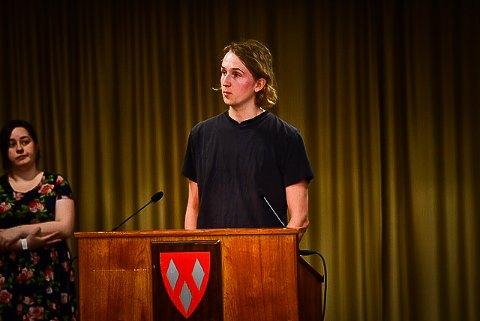 GJENNOMSLAG: Alexander Nilsson (R)fikk gjennomslag for de fleste av tilleggspunktene han villa ha inn i Ås-modellen for et mer seriøst arbeidsliv.