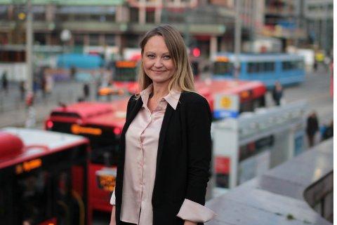 OPPFORDRING: – Ikke bruk oss med mindre det er helt nødvendig, oppfordrer kommunikasjonssjef Cathrine Myhren i Ruter.
