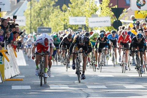 Stengte veier: I dag blir flere veier i vårt distrikt stengt som følge av Tour of Norway. BIldet er fra Tour of Norway i 2015.