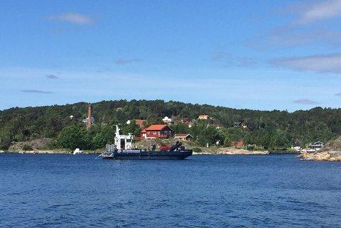 SISTE SKJÆRET: Av de fire skjærene Kystverket skulle merke, ble Pjolter Bay som det siste merket nylig.
