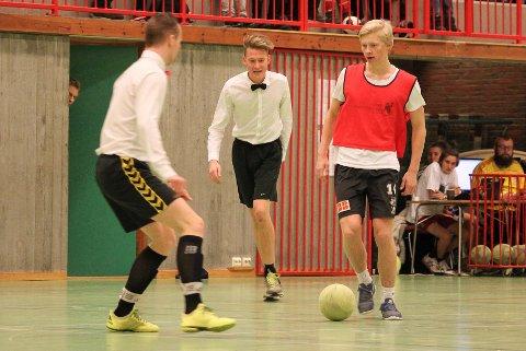 HJEMME PÅ JULEFERIE: Fredrik Dørsdal spilte Julecupen i Risørhallen andre juledag.