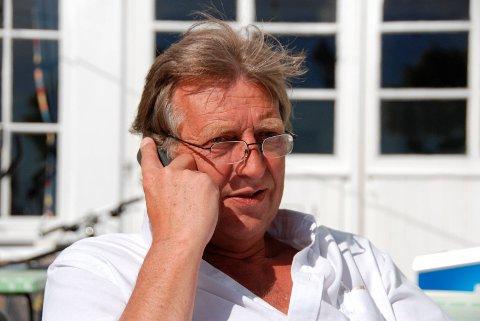 For varmt: Rune Gurholt på Stranden mener det er for varmt, og at alle turistene ligger i skjæra. Foto: Arkiv