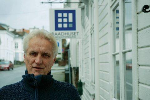 Ansvarlig for salget: Eiendomsmeglerfullmektig Torstein Johansen. Foto: Arkiv