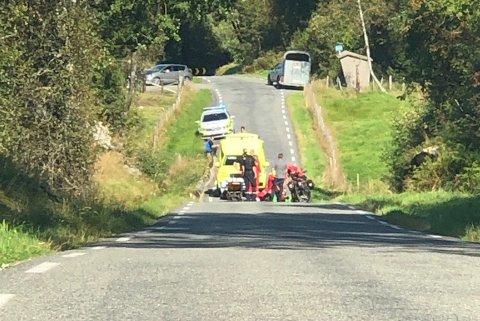 ULYKKE: Nødetatene rykket ut til ulykken på Åseveien.