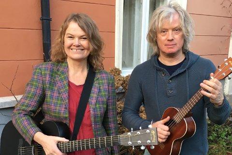 TIL MOI: Elin Furubotn og Torbjørn Økland kommer til Moi for å holde konsert søndag 15. august.